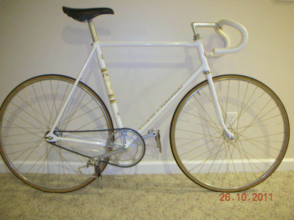 Schwinn Paramount Registry Database